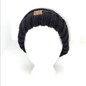 C.C. Exclusives Gray Ovesized Slouchy Beanie